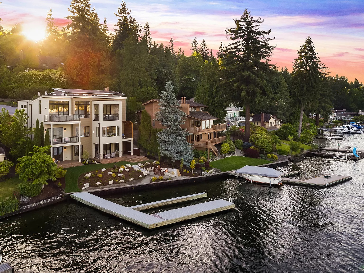 6922 96th Ave SE, Mercer Island, WA 98040