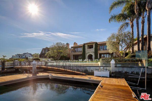 2112 E Balboa Blvd, Newport Beach, CA 92661