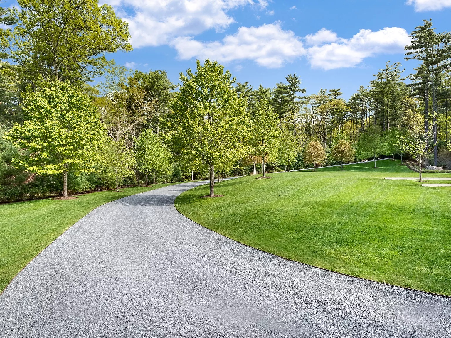 98 Bull Path, East Hampton, NY 11937 - $8,495,000 home for sale, house images, photos and pics gallery