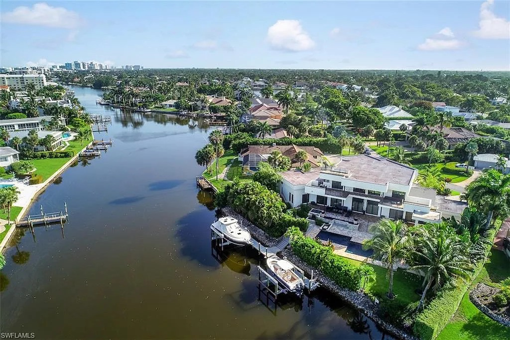 1551 Ixora Dr, Naples, FL 34102 - $4,995,000 home for sale, house images, photos and pics gallery