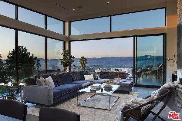 2660 Skywin Way,Los Angeles, CA 90046