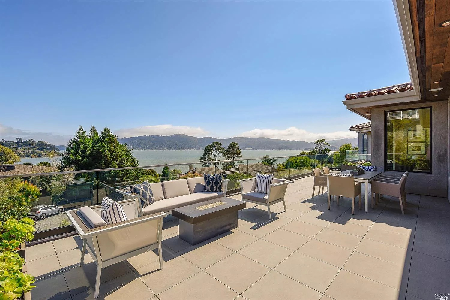25 Gilmartin Dr, Belvedere Tiburon, CA 94920 - $8,995,000 home for sale, house images, photos and pics gallery