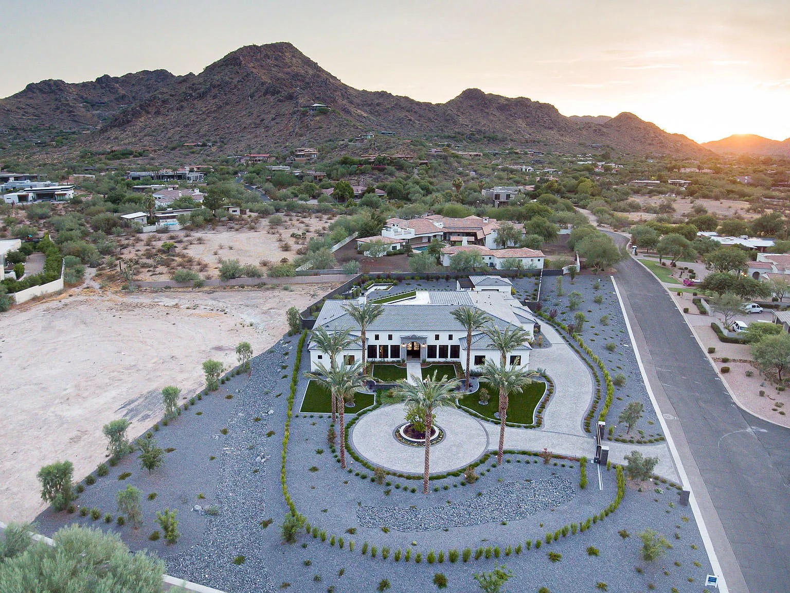 7970 N Ironwood Dr, Paradise Valley, AZ 85253 - $6,000,000 home for sale, house images, photos and pics gallery