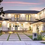 2015 Leeward Ln, Newport Beach, CA 92660