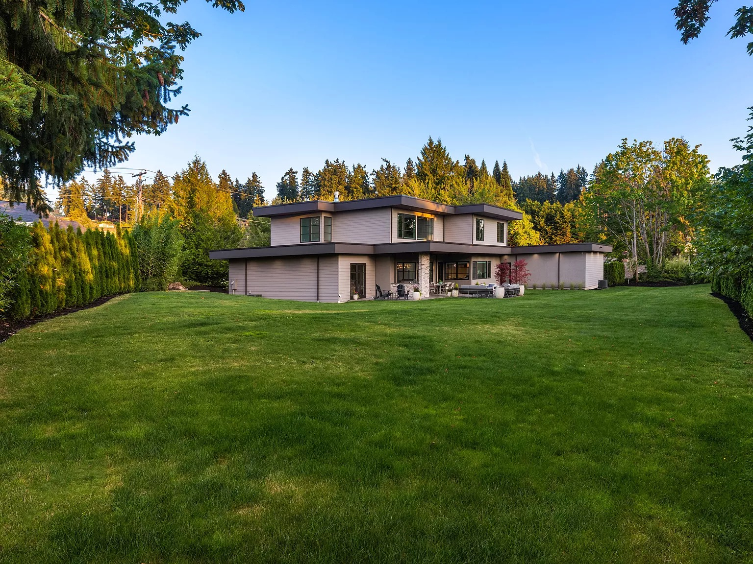 2819 92nd Ave NE, Clyde Hill, WA 98004 - $4,125,000 home for sale, house images, photos and pics gallery
