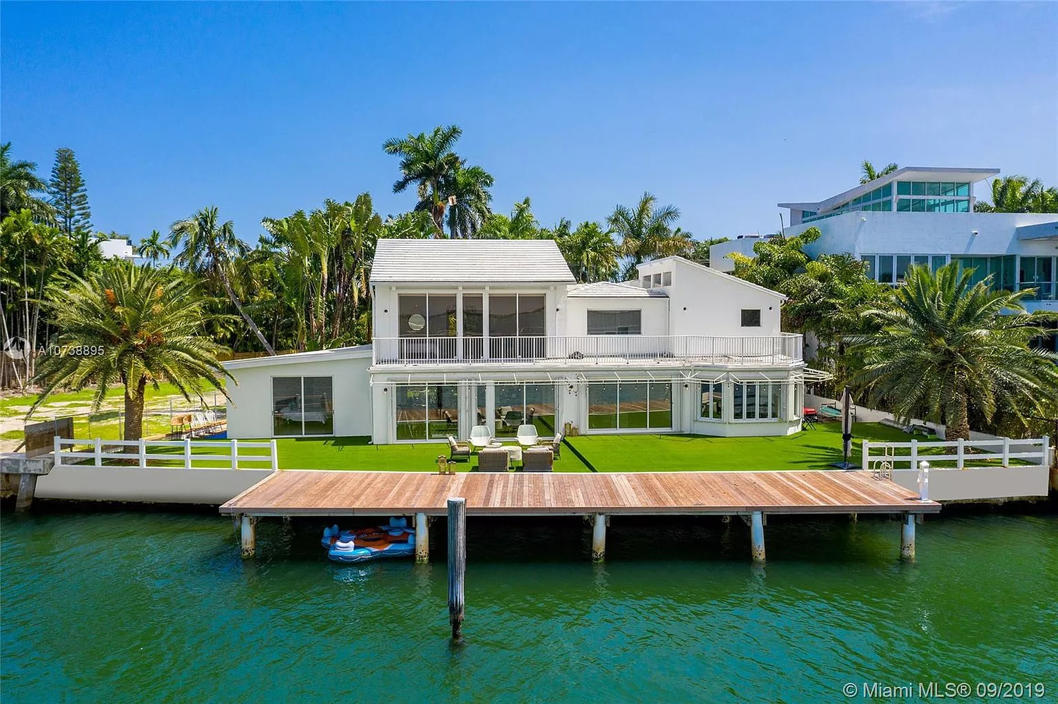 1413 N Venetian Way, Miami Beach, FL 33139 - $6,790,000 home for sale, house images, photos and pics gallery