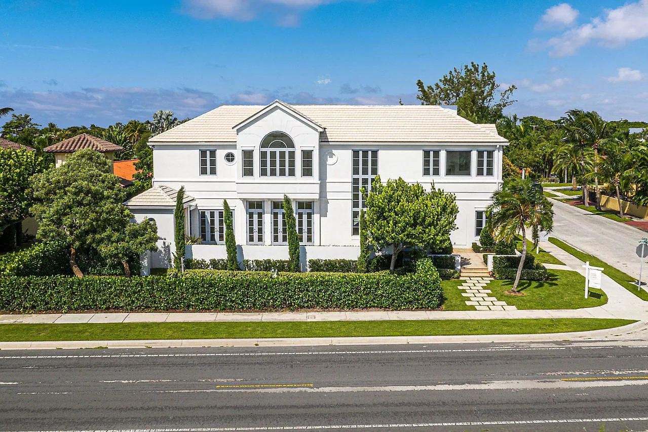 5501 S Flagler Dr, West Palm Beach, FL 33405 - $3,900,000 home for sale, house images, photos and pics gallery