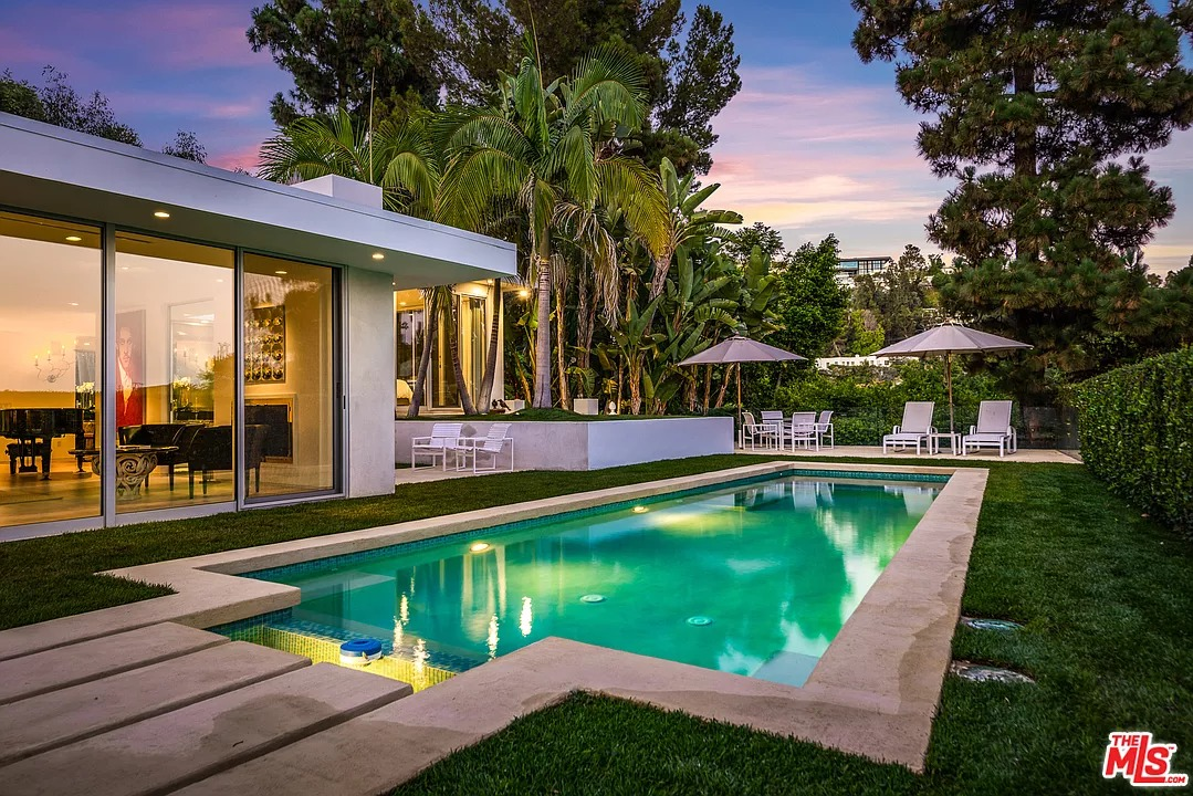 9290 Flicker Pl, Los Angeles, CA 90069 - $4,350,000 home for sale, house images, photos and pics gallery