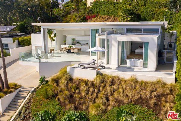 213 Pintoresca Dr, Pacific Palisades, CA 90272