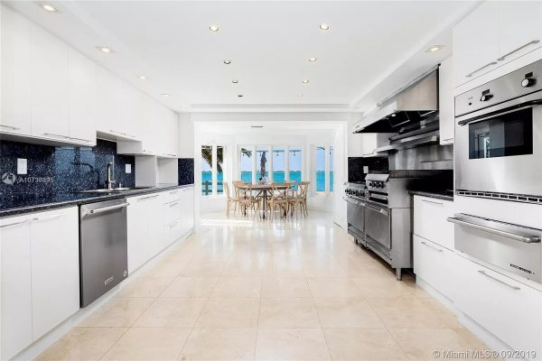 1413 N Venetian Way, Miami Beach, FL 33139
