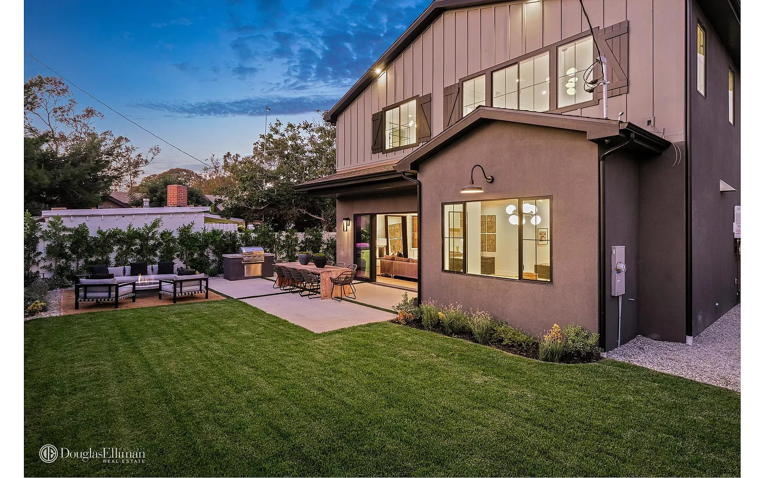 1519 Walnut Ave, Venice, CA 90291 - $3,495,000 home for sale, house images, photos and pics gallery