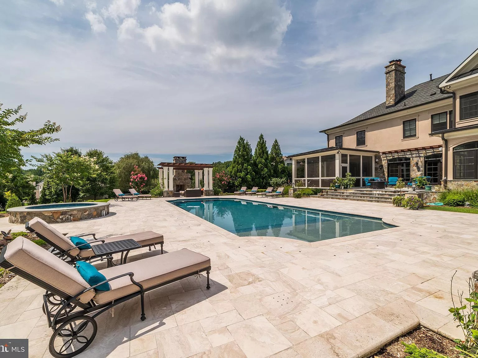 10469 Springvale Meadow Ln, Great Falls, VA 22066 - $4,275,000 home for sale, house images, photos and pics gallery