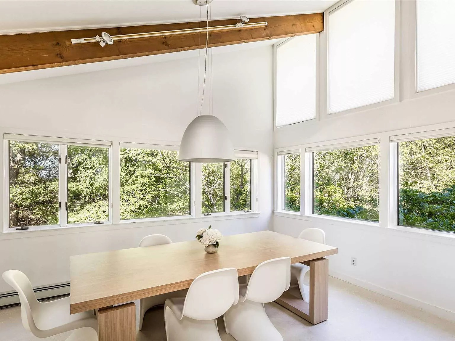85 Oyster Shores Rd, East Hampton, NY 11937 - $3,999,000 home for sale, house images, photos and pics gallery