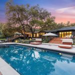 123 Fairview Rd, Ojai, CA 93023