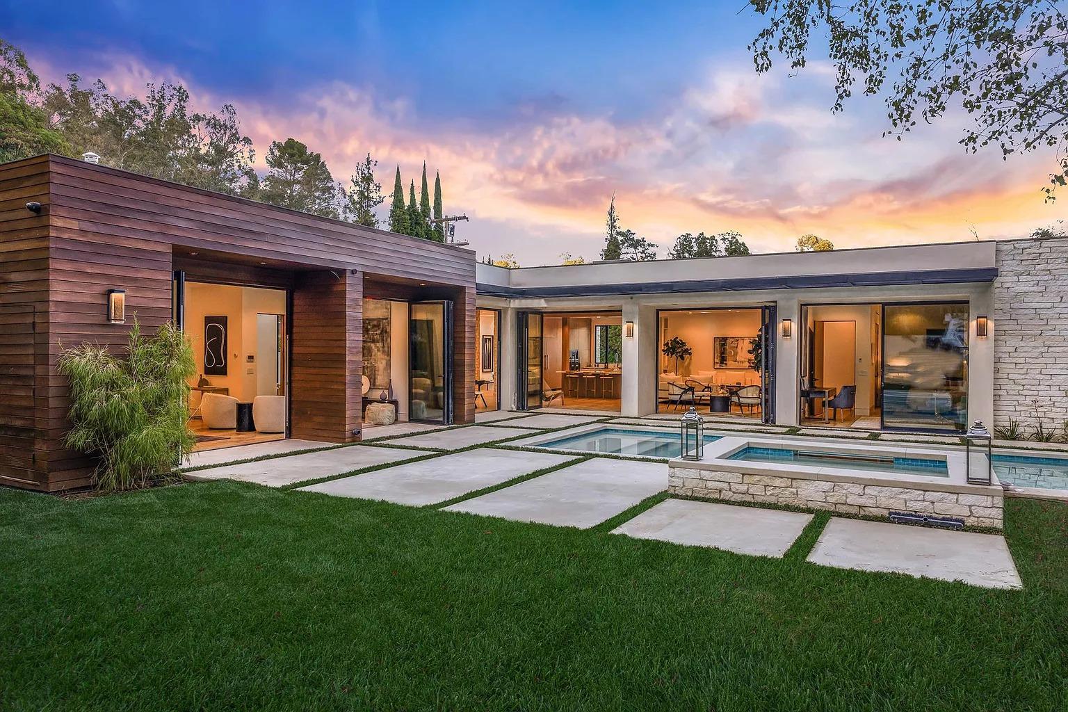 9988 Liebe Dr,Beverly Hills, CA 90210
