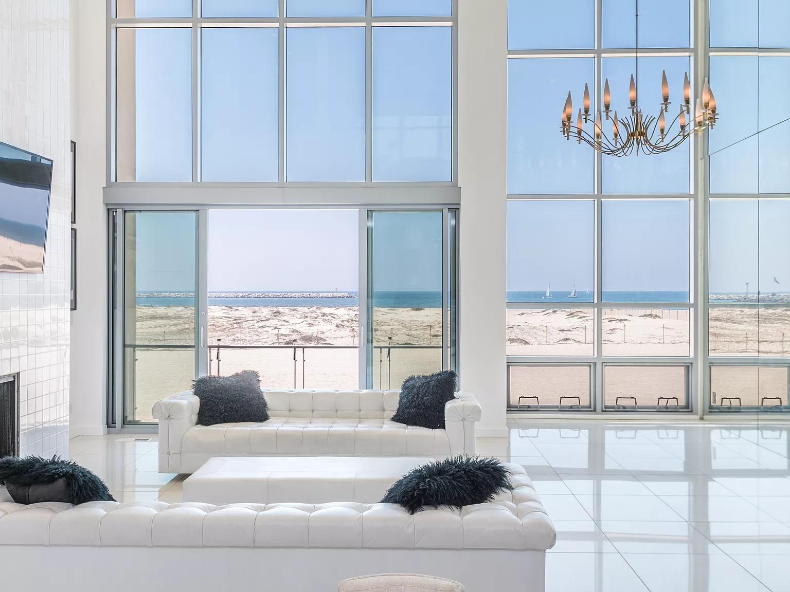 5205 Ocean Front Walk APT 203,Marina Del Rey, CA 90292