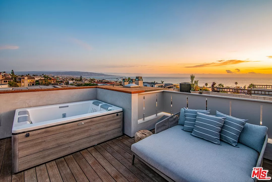 315 26th St, Hermosa Beach, CA 90254 - $6,950,000 home for sale, house images, photos and pics gallery