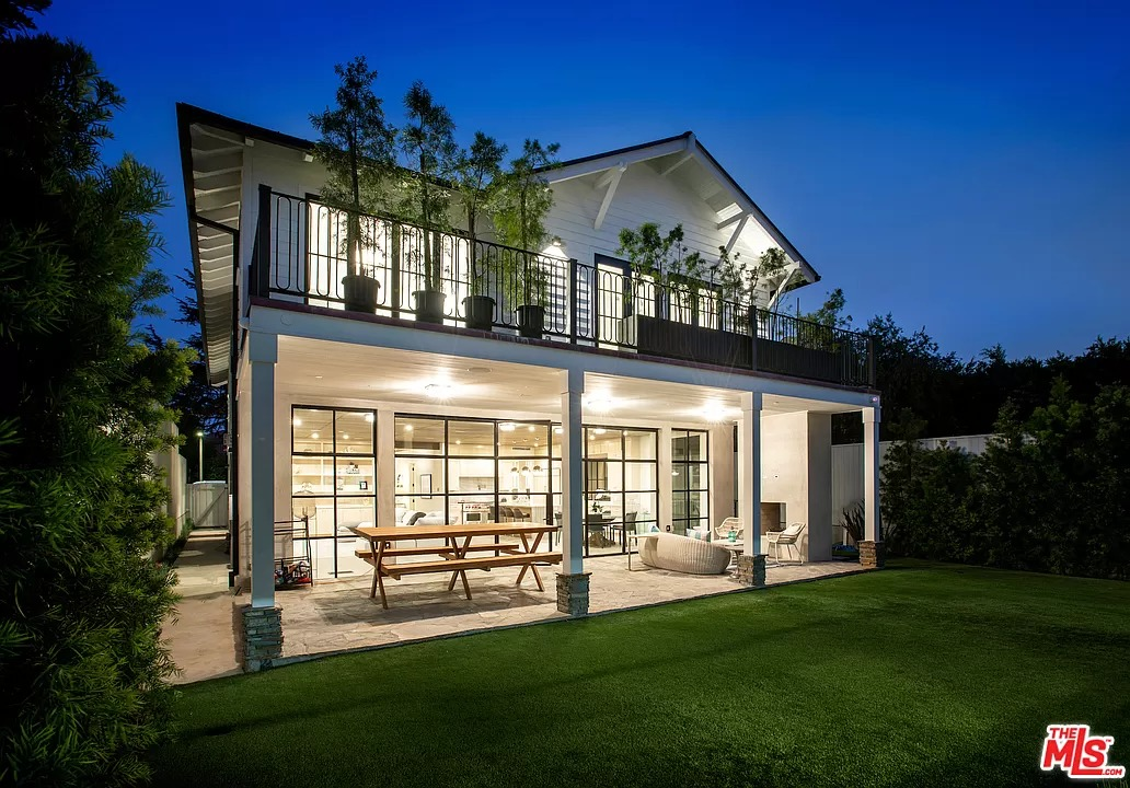 718 10th St, Santa Monica, CA 90402 - $7,750,000 home for sale, house images, photos and pics gallery
