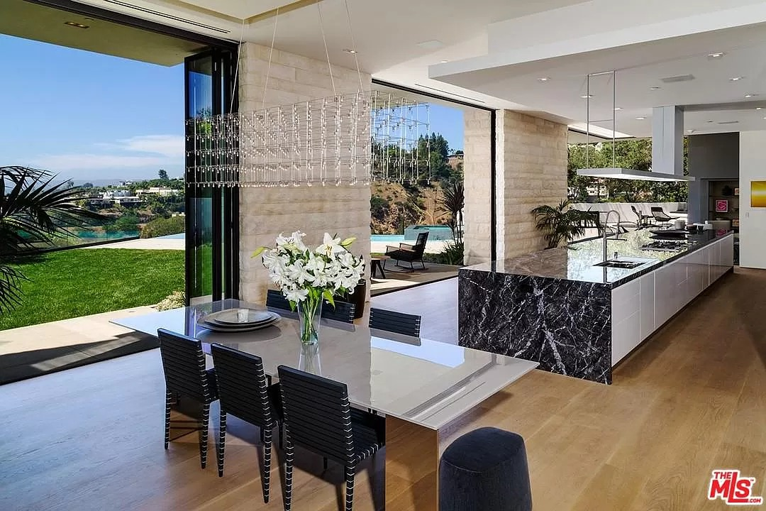 9133 Oriole Way, West Hollywood, CA 90069 - $27,995,000 home for sale, house images, photos and pics gallery